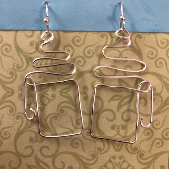 Elegant wire Art Jewelry - Silver coffee cup earrings